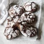 Best Pesach Crinkle Cookies